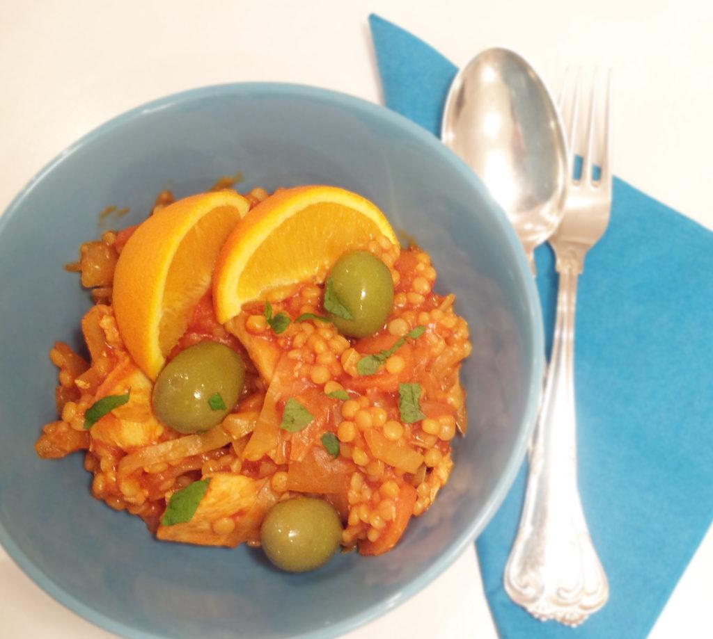 Marrokansk kylling med couscous. Nem alt-i-en-ret.