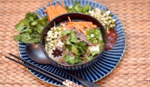Pho - asiatisk suppe med oksekød og risnudler