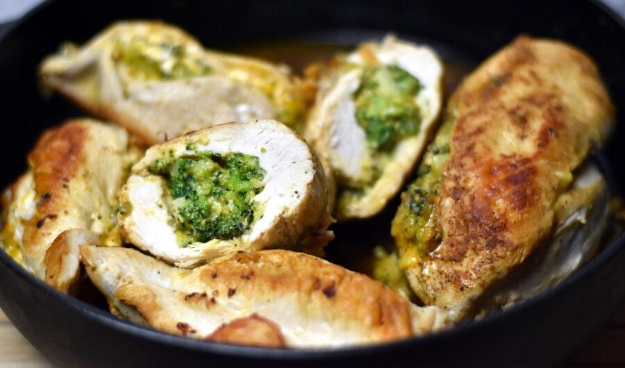 Saftig kyllingebryst fyldt med broccoli