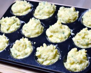 Kartoffel-selleri toppe klar til at komme i ovnen