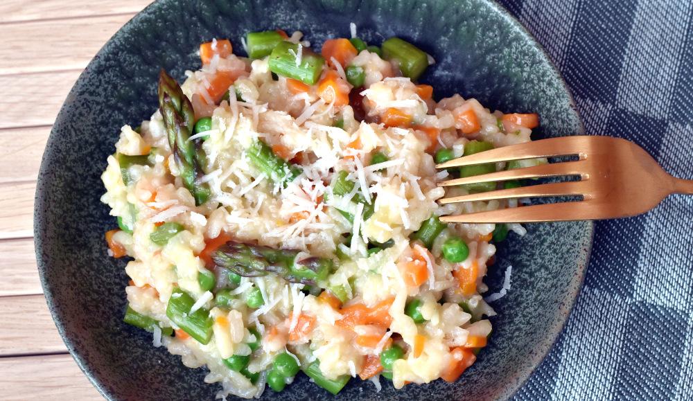 Risotto primavera - risotto med forårsgrønsager.