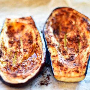 Bagte_auberginer med fyld